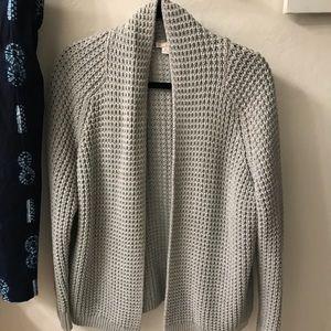 GAP gray sweater - size medium/large - super comfy